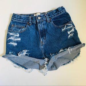 Gap high waisted vintage jean shorts size 26